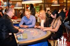 Mobilní casino s exkluzivními párty stolky na pražské novoroční párty