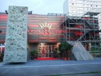 casino Bonver, horolezecká stěna a trialové lešení